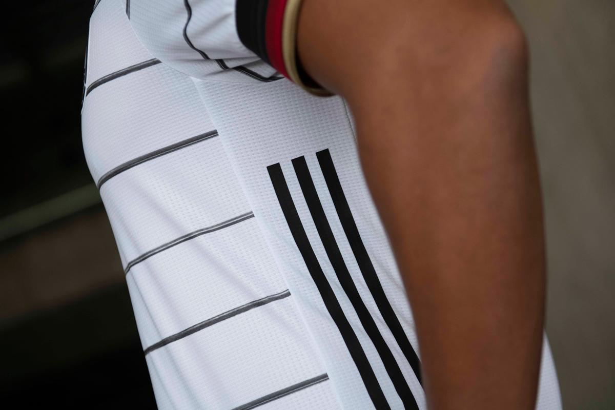 德国国家队2020年欧洲杯主场球衣 © 球衫堂 kitstown