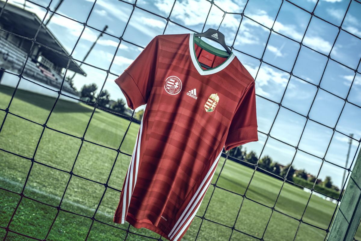 匈牙利国家队2020年欧洲杯主场球衣 © 球衫堂 kitstown