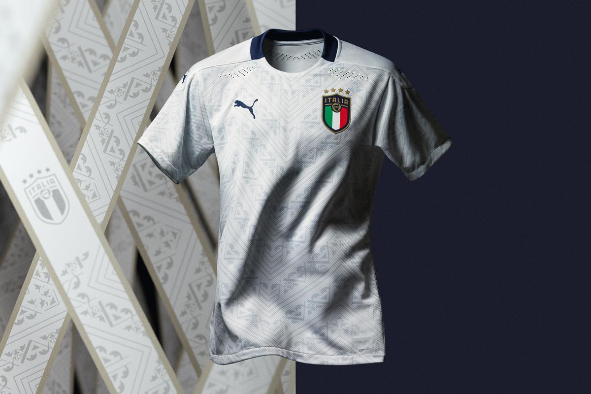 意大利国家队2020年欧洲杯客场球衣 © 球衫堂 kitstown