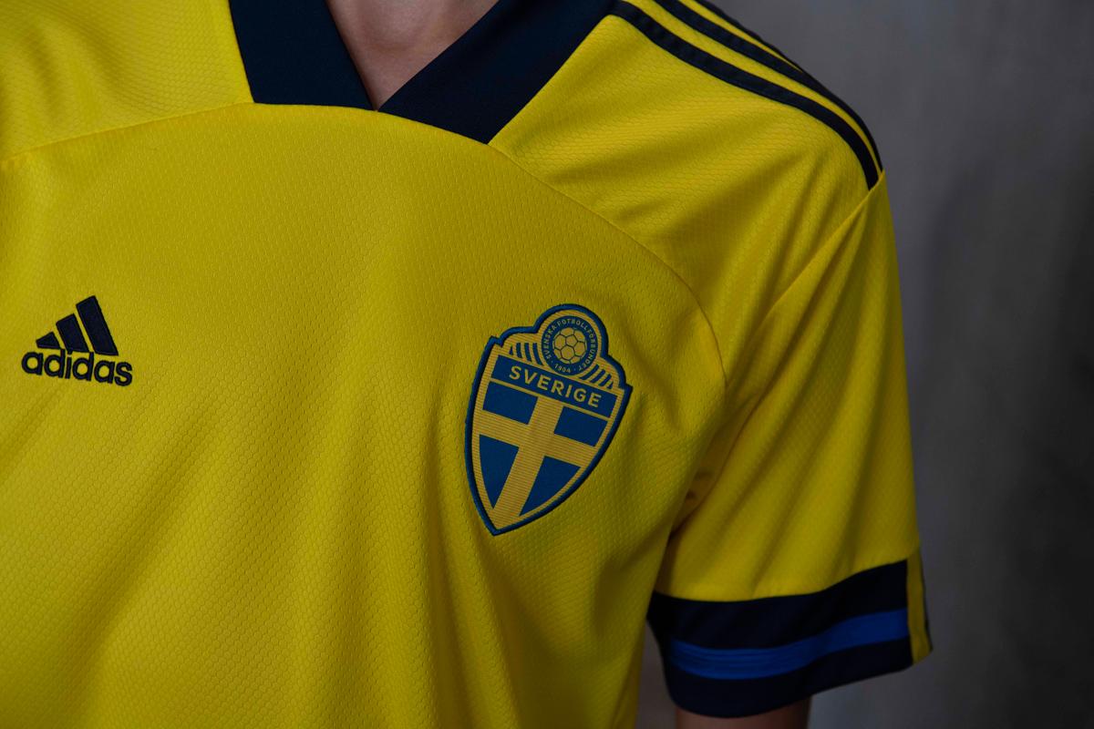 瑞典国家队2020年欧洲杯主场球衣 © 球衫堂 kitstown