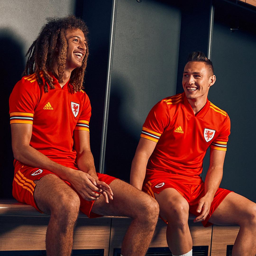 威尔士代表队2020年欧洲杯主场球衣 © 球衫堂 kitstown