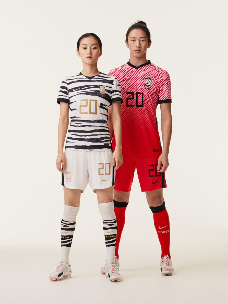 韩国国家队2020赛季主客场球衣 © 球衫堂 kitstown