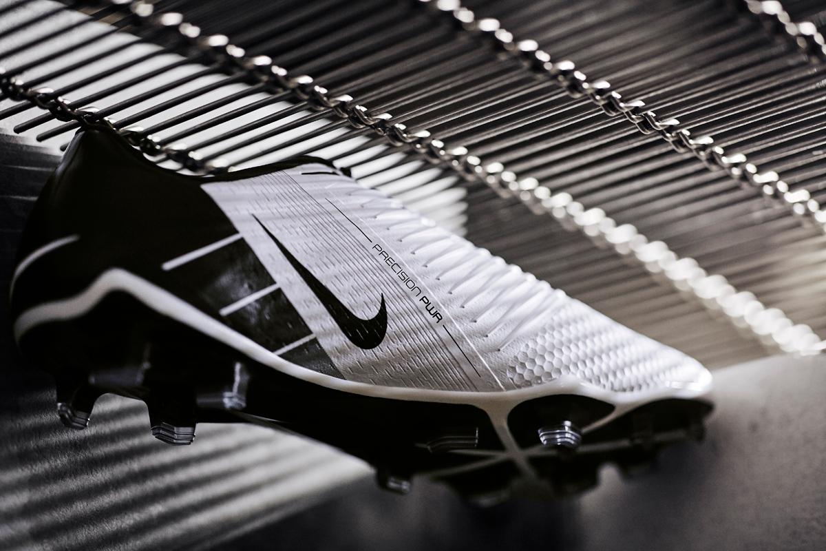 耐克发布全新 Phantom VNM 足球鞋 © 球衫堂 kitstown
