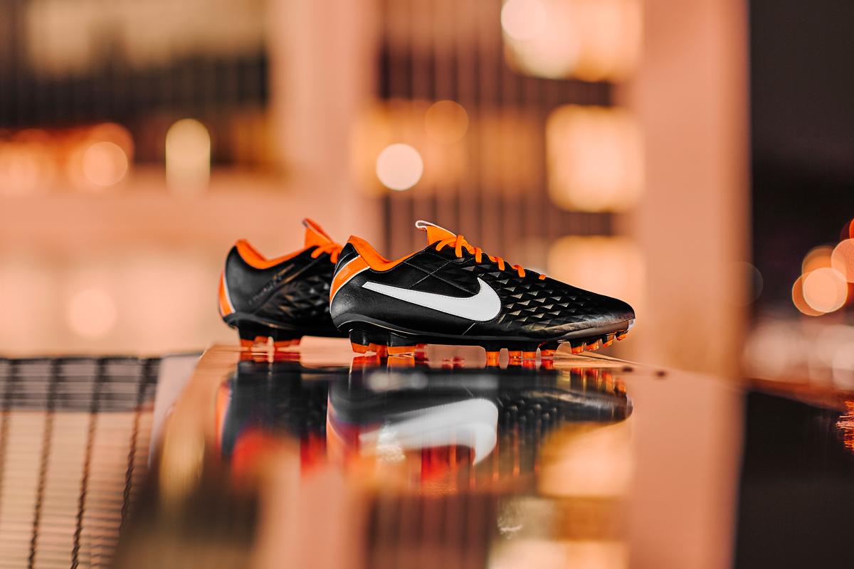 耐克发布全新 Tiempo 足球鞋 © 球衫堂 kitstown