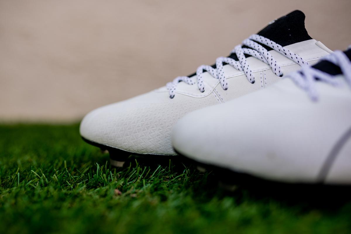 PUMA发布全新KING Platinum Lazertouch足球鞋 © 球衫堂 kitstown