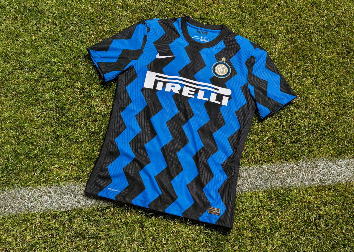 国际米兰 2020-21 赛季主场球衣 © 球衫堂 kitstown