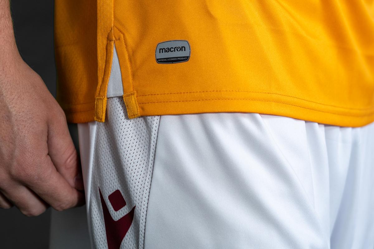 马瑟韦尔2020-21赛季主客场球衣 © 球衫堂 kitstown