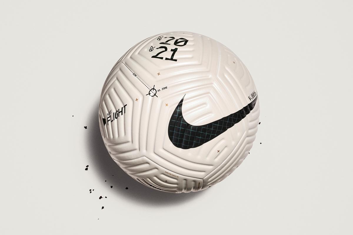 Nike Fligh 足球:足球空气动力学的革新 © 球衫堂 kitstown