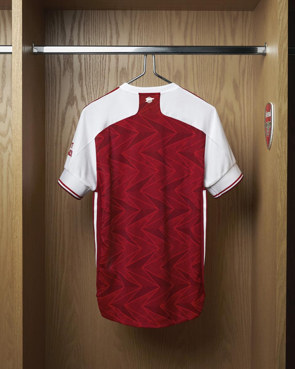 阿森纳 2020-21 赛季主场球衣 © 球衫堂 kitstown