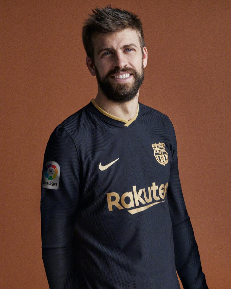 巴塞罗那 2020-21 赛季客场球衣 © 球衫堂 kitstown
