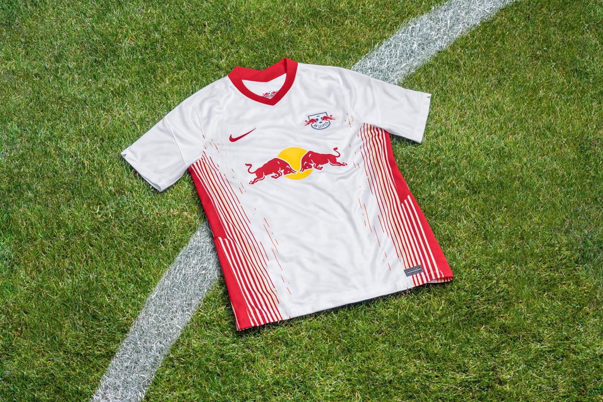 莱比锡 2020-21 赛季主客场球衣 © 球衫堂 kitstown