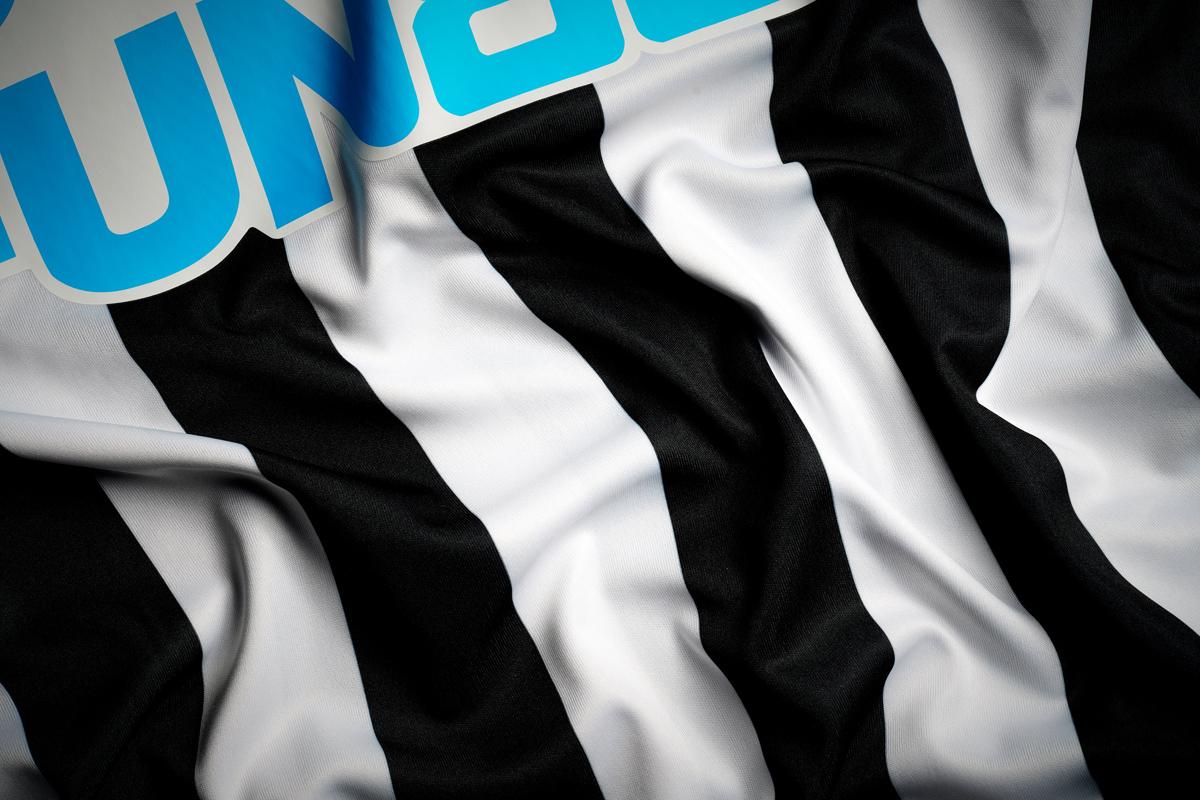 纽卡斯尔联 2020-21 赛季主场球衣 © 球衫堂 kitstown