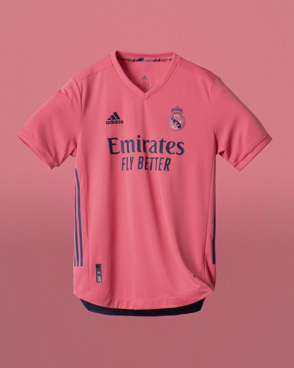 皇家马德里 2020-21 赛季主客场球衣 © 球衫堂 kitstown