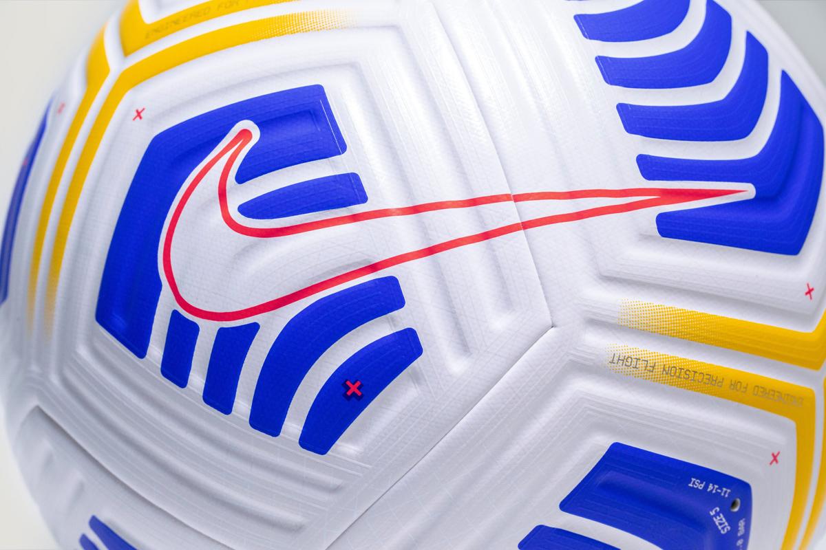 Nike Fligh Serie A — 2020-21 赛季意甲联赛官方比赛用球 © 球衫堂 kitstown