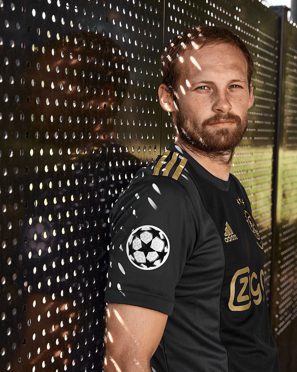 阿贾克斯 2020-21 赛季欧战客场球衣 © 球衫堂 kitstown
