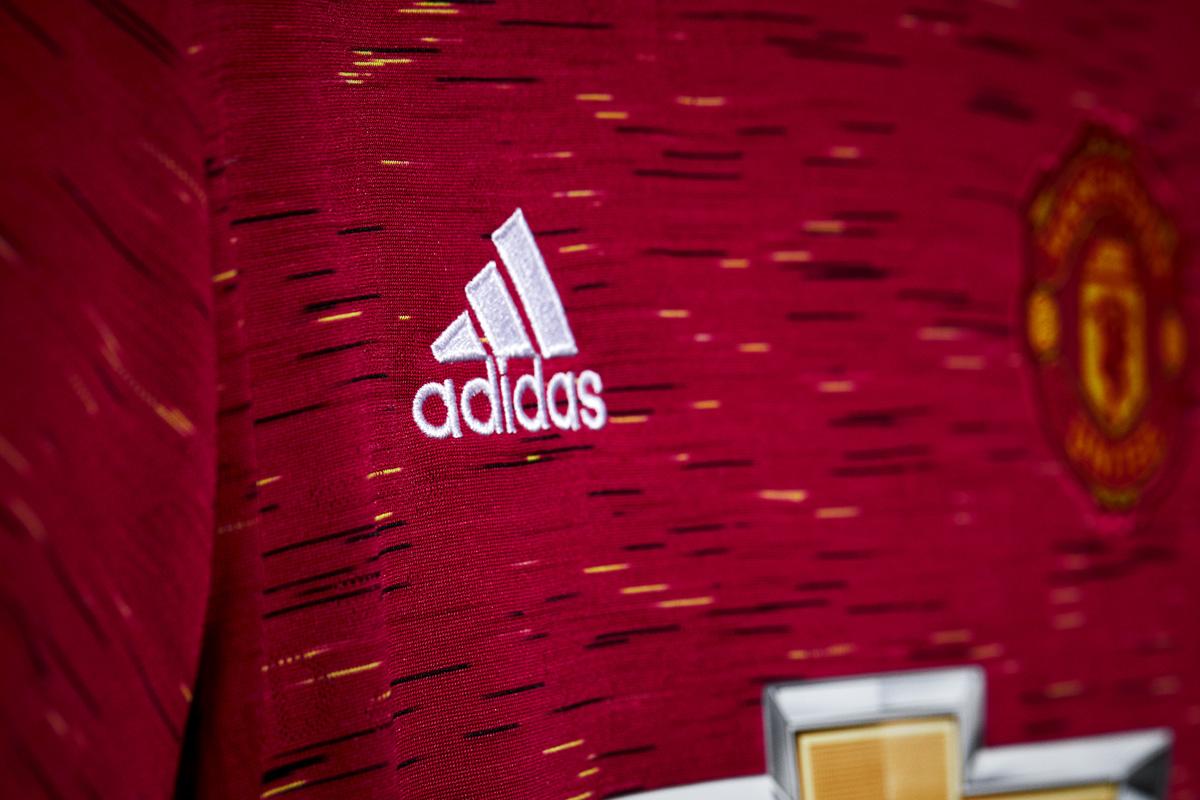 曼彻斯特联 2020-21 赛季主场球衣 © 球衫堂 kitstown