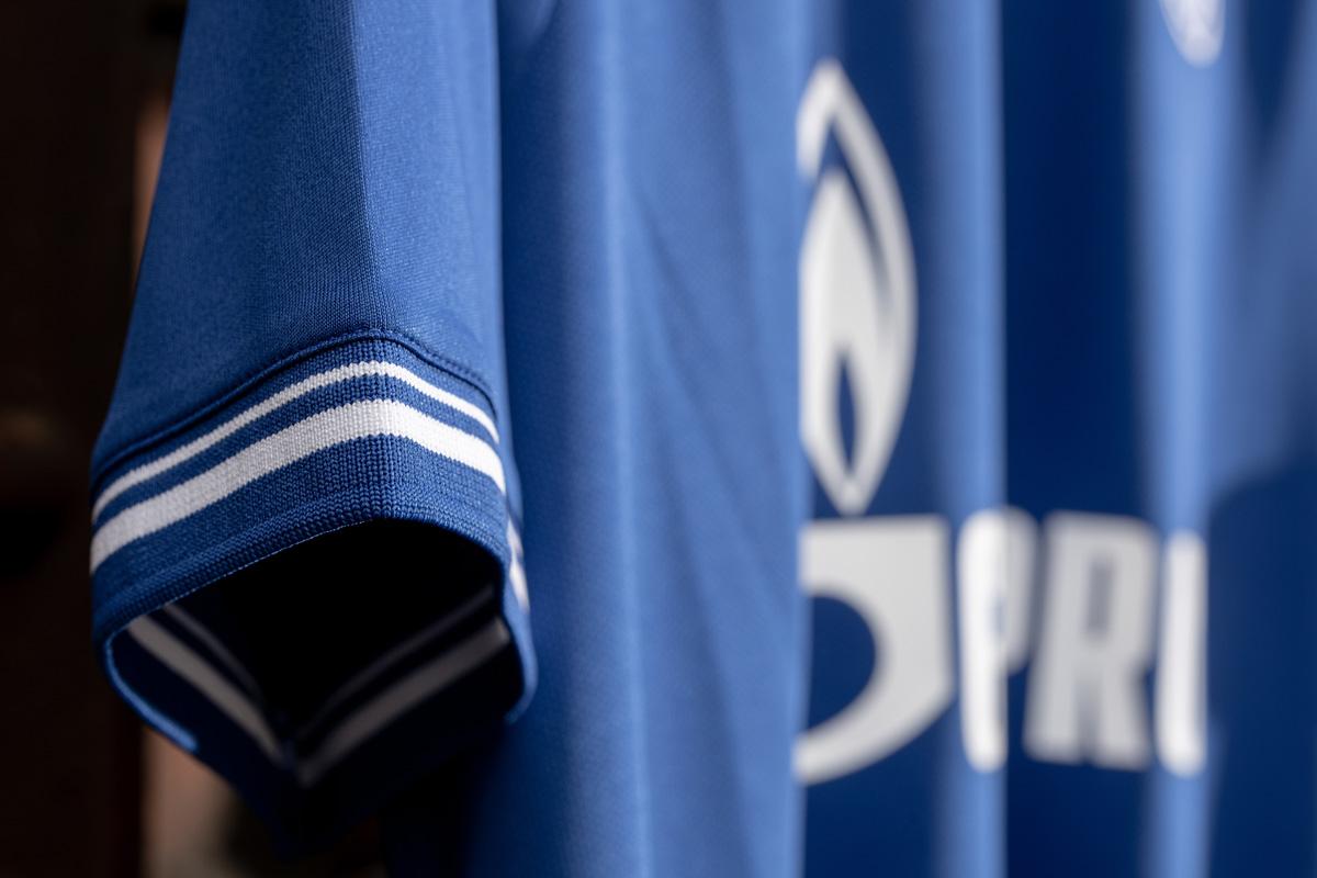 沙尔克04 2020-21 赛季主客场球衣 © 球衫堂 kitstown