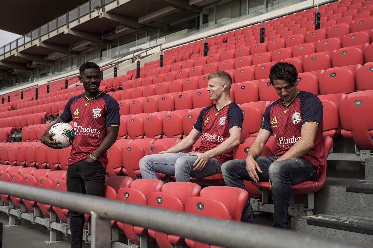 阿德莱德联 2020-21 赛季主场球衣插图(2)