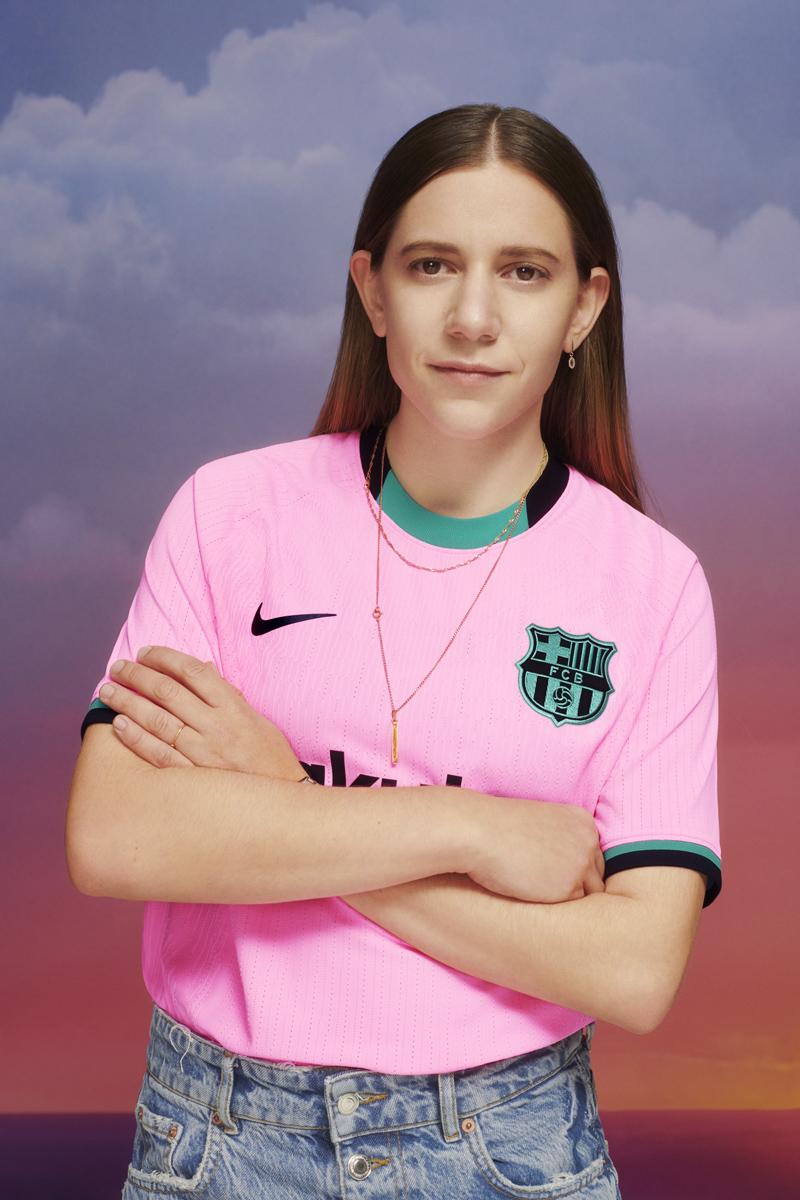 巴塞罗那 2020-21 赛季第二客场球衣 © 球衫堂 kitstown