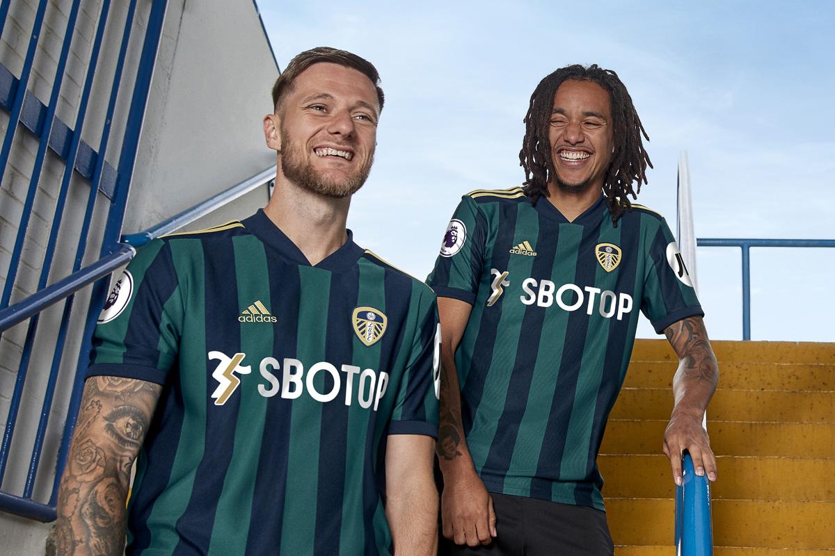 利兹联 2020-21 赛季客场球衣插图