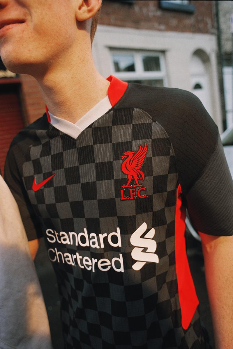 利物浦 2020-21 赛季第二客场球衣 © 球衫堂 kitstown