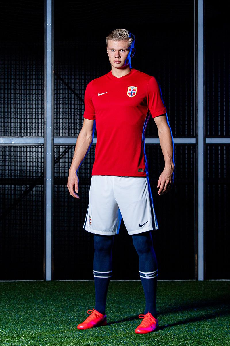 挪威国家队 2020-21 赛季主客场球衣 © 球衫堂 kitstown