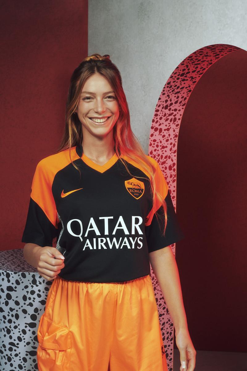 罗马 2020-21 赛季第二客场球衣插图