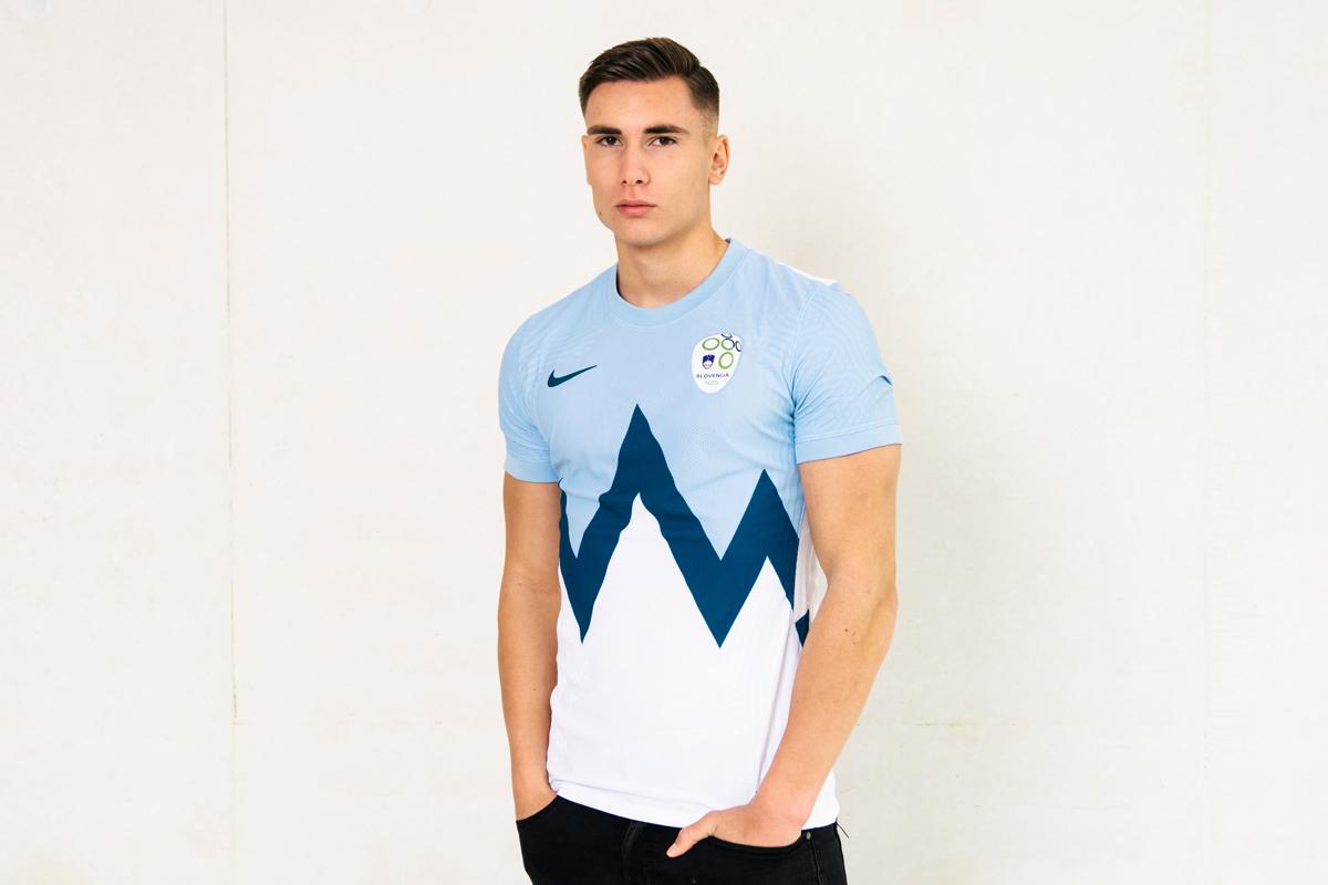 斯洛文尼亚国家队 2020-21 赛季主客场球衣 © 球衫堂 kitstown