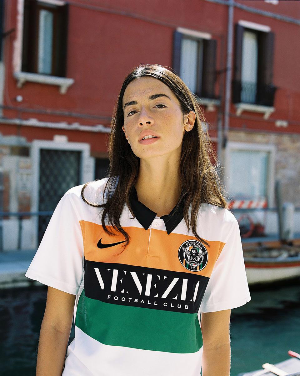 威尼斯 2020-21 赛季客场球衣 © 球衫堂 kitstown
