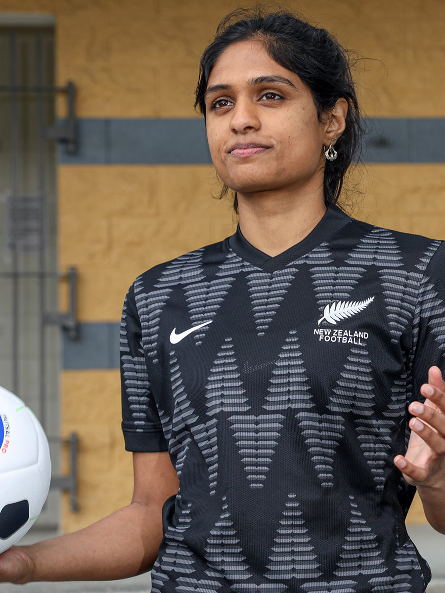 新西兰国家队 2020-21 赛季主客场球衣插图(5)