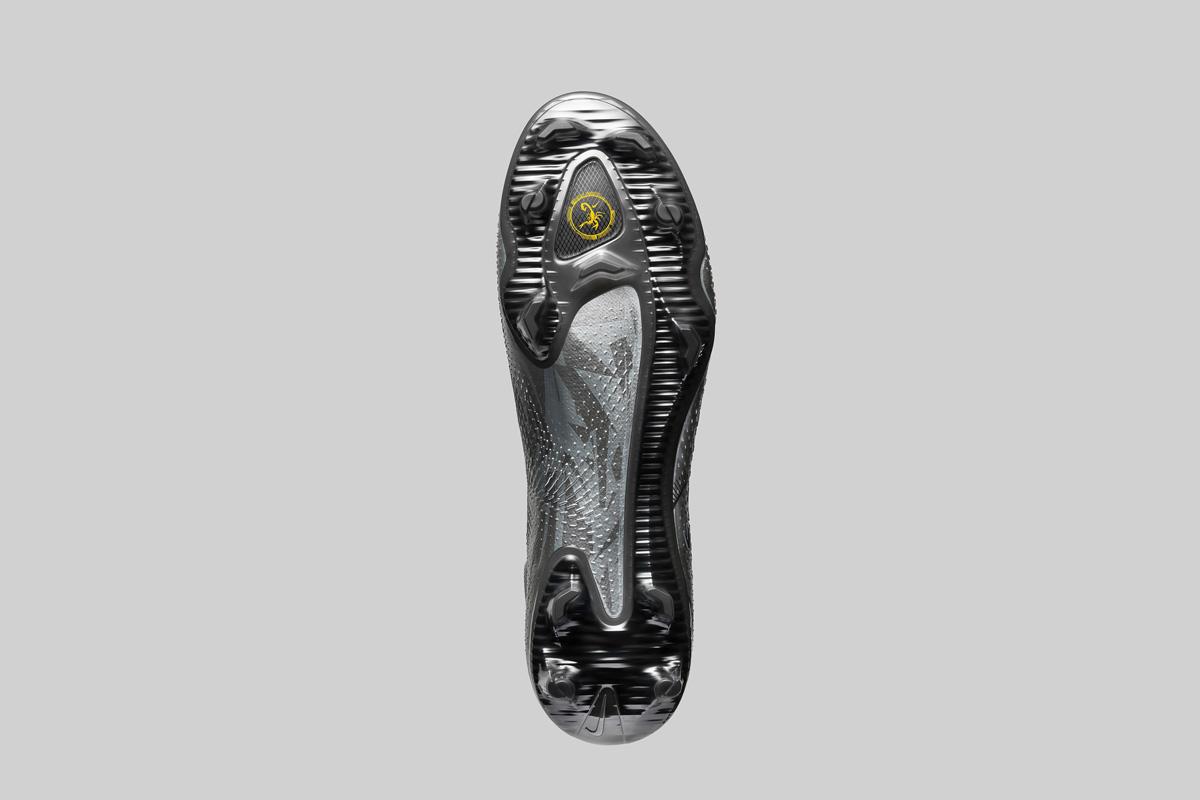 耐克发布 Phantom GT Scorpion 足球鞋 © 球衫堂 kitstown