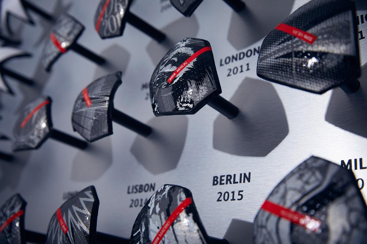 2020-21 赛季欧冠联赛淘汰赛阶段官方比赛用球 © 球衫堂 kitstown