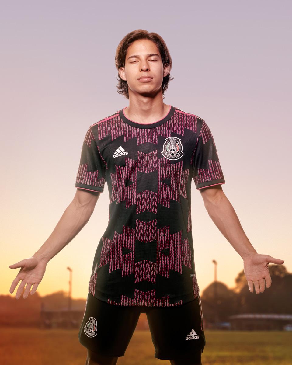 墨西哥国家队 2021 赛季主场球衣 © 球衫堂 kitstown