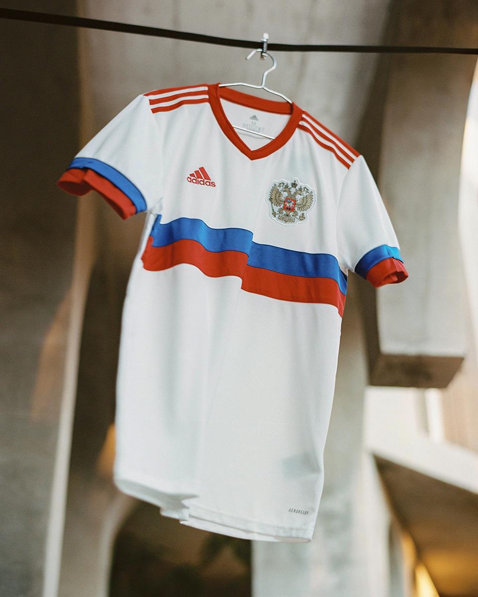 俄罗斯国家队 2021 赛季客场球衣 © 球衫堂 kitstown