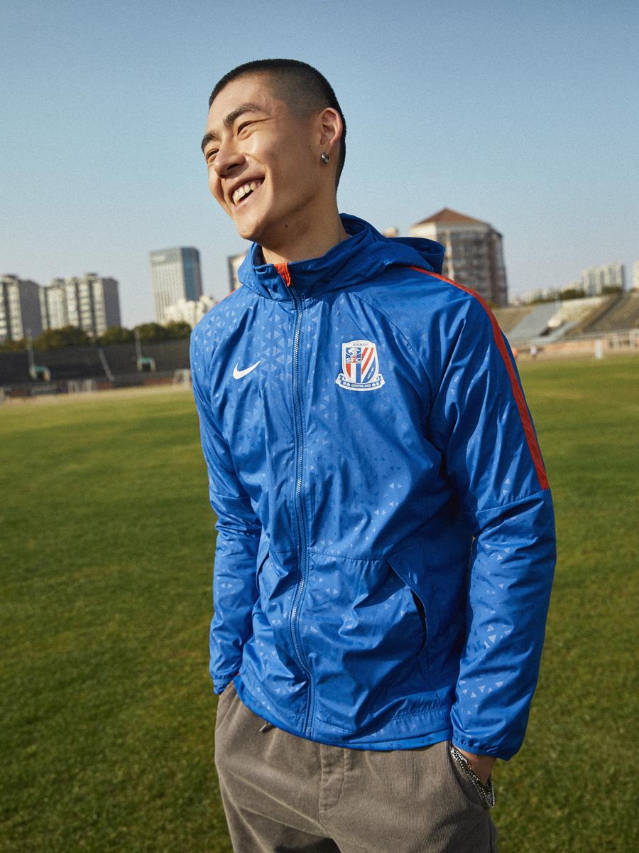 上海申花 2021 赛季主场球衣 © 球衫堂 kitstown