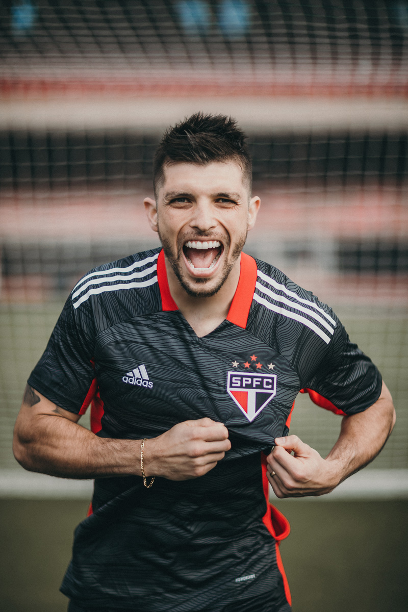 克鲁塞罗、弗拉门戈、国际和圣保罗 2021-22 赛季守门员球衣 © 球衫堂 kitstown