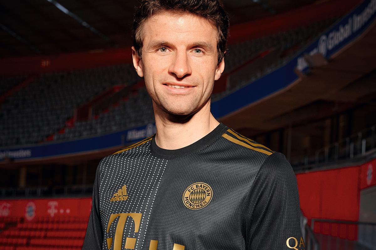 拜仁慕尼黑 2021-22 赛季客场球衣 © 球衫堂 kitstown
