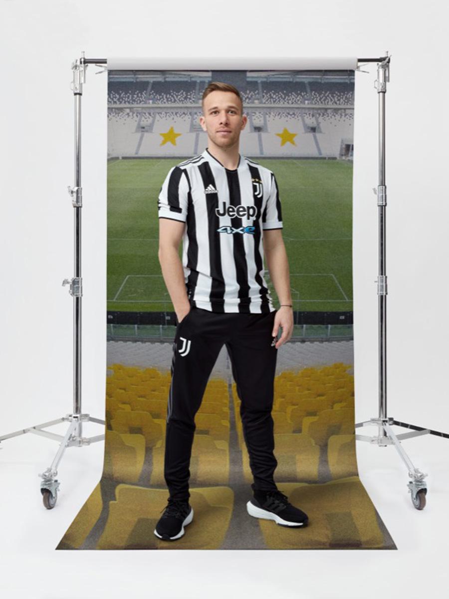 尤文图斯 2021-22 赛季主场球衣 © 球衫堂 kitstown
