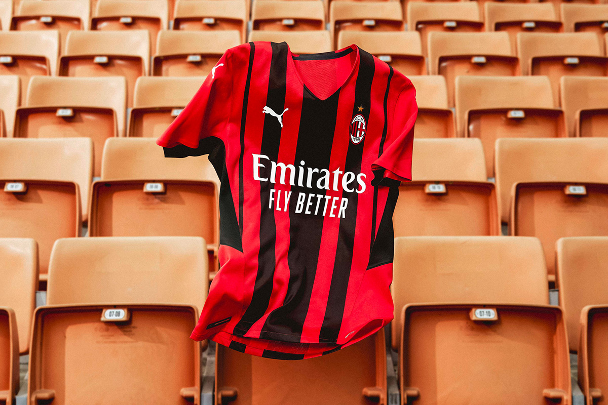 AC米兰 2021-22 赛季主场球衣 © 球衫堂 kitstown