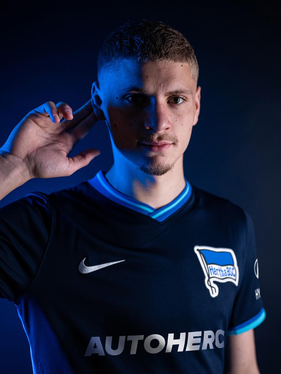 柏林赫塔 2021-22 赛季主客场球衣 © 球衫堂 kitstown