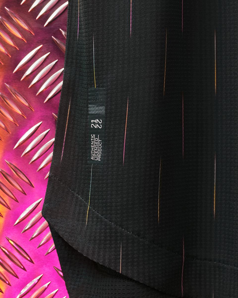 尤文图斯 2021-22 赛季客场球衣 © 球衫堂 kitstown