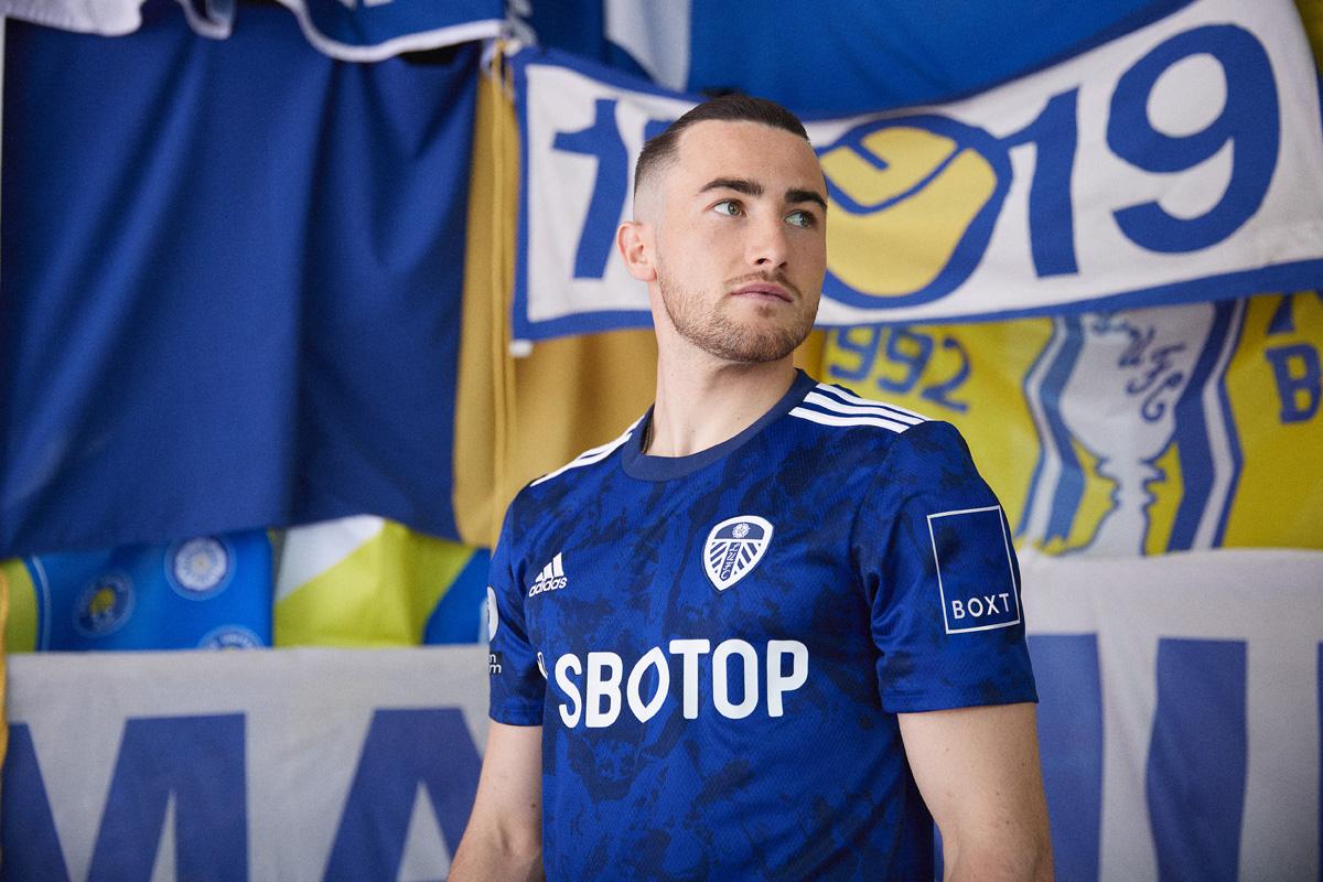 利兹联 2021-22 赛季客场球衣 © 球衫堂 kitstown