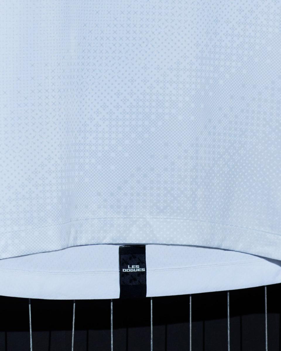里尔 2021-22 赛季客场球衣 © 球衫堂 kitstown