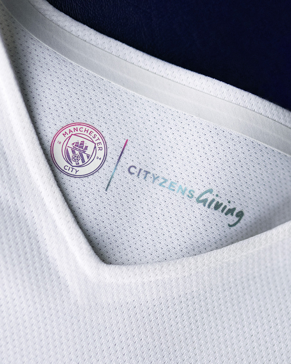 曼彻斯特城 2021-22 赛季客场球衣 © 球衫堂 kitstown