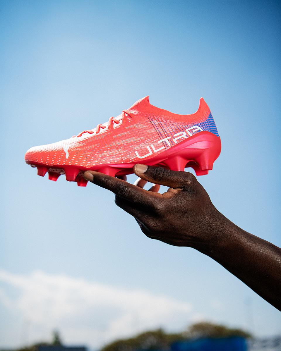 PUMA 推出全新 ULTRA 1.3 超轻足球鞋 © 球衫堂 kitstown