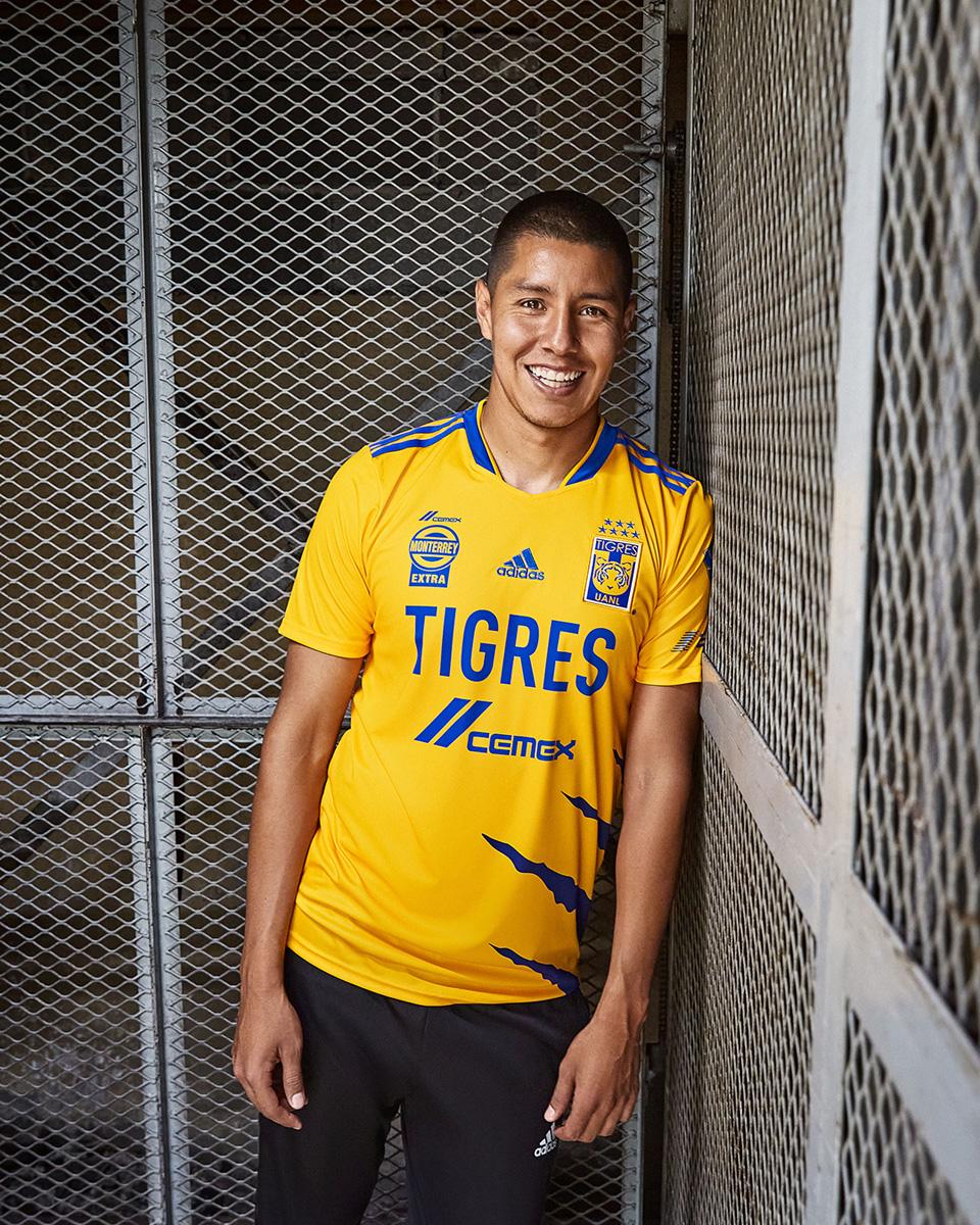 新莱昂自治大学老虎 2021-22 赛季主客场球衣 © 球衫堂 kitstown