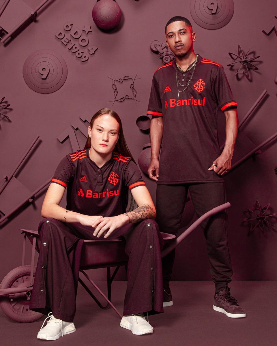 国际 2021-22 赛季第二客场球衣 © 球衫堂 kitstown