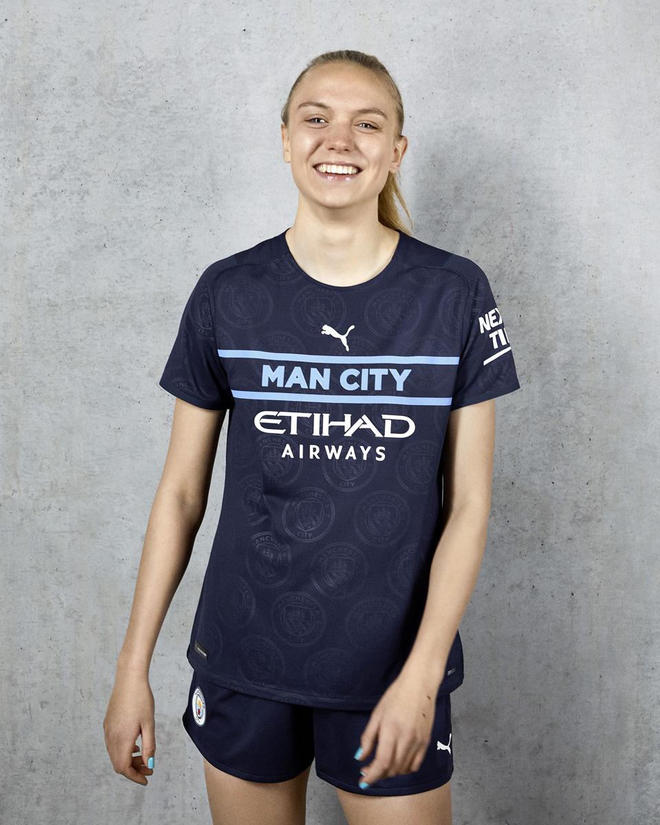 曼彻斯特城 2021-22 赛季第二客场球衣 © 球衫堂 kitstown