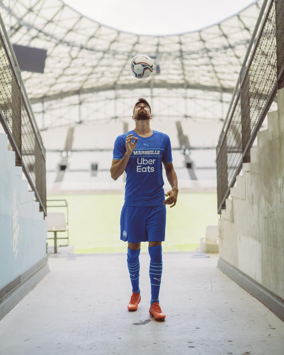马赛 2021-22 赛季第二客场球衣 © 球衫堂 kitstown