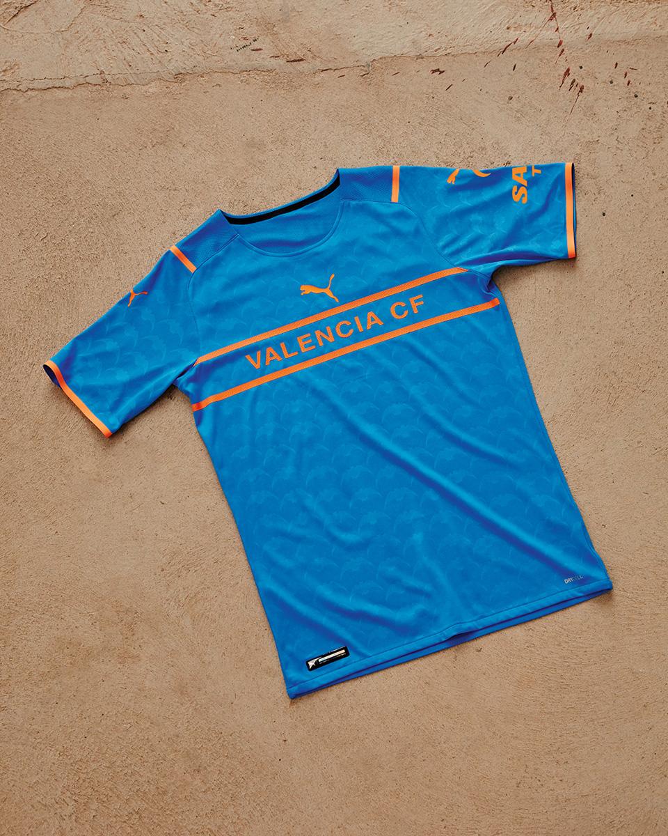 巴伦西亚 2021-22 赛季第二客场球衣 © 球衫堂 kitstown
